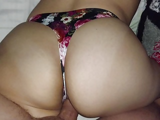 ROSES THONG!! BIG ASS!!
