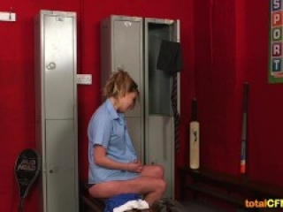 Schoolgirl enjoys through glory hole