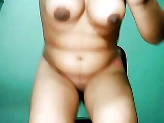 Indian sexy girl friend mastarbating on webcam