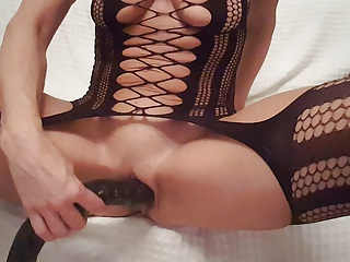 Dutch mom MILF Lisa mastrubating 2