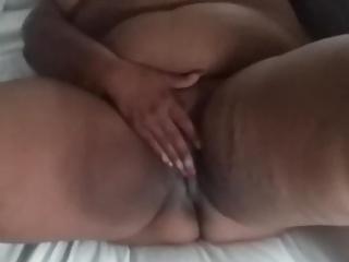 54YR OLD GRANNY PLAYING WIT PUSSY