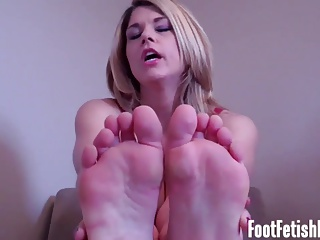 My feet will make you rock hard