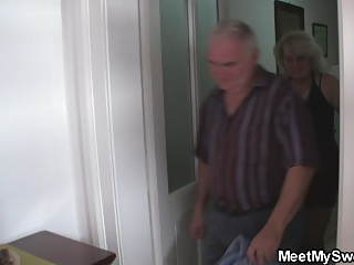 He caught gf with his old not mother and dad