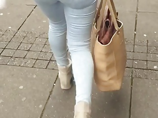 Jeans Ass ( Turkish woman )