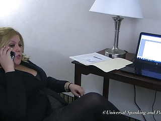 One Hot Spanking Featuring Lynn Casey