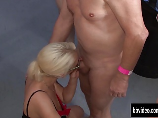 German milf suck dicks for jizz in groupsex