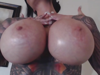 tattoo webcam show