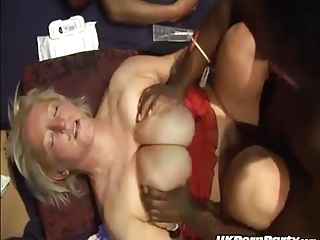 British amateur swingers enjoy a gangbang party
