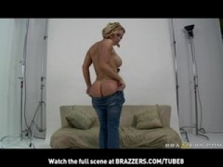 HOT BIGTIT BLONDE PORNSTAR WITH BIG ASS GETS ANAL FOR JEAN COMME