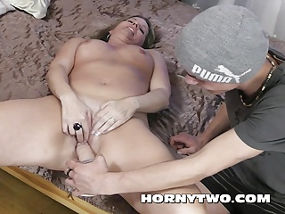 Old and young threesome for facial on mature fucking two