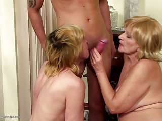Mature sex party with moms sons pissing