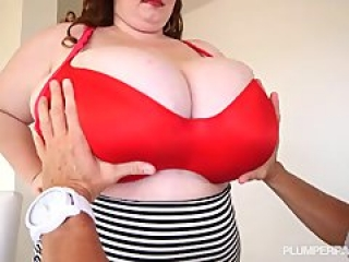 Huge Tit BBW Lexxxi Luxe Plays With Her Stepdad Tony D