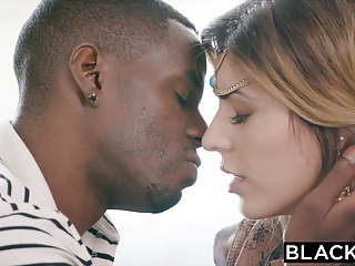 BLACKED Arab girl loves bbc and gets a deep creampie