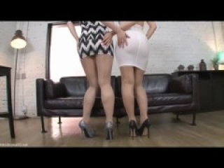 2 ASIANS GIRLS FUCKED THROUGH CLOTHES (ROUND10)